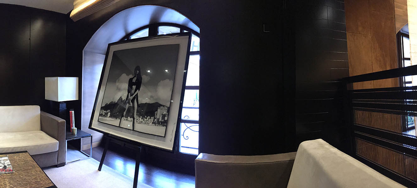 """Naked"" on the wall of Hublot Vendôme show room"