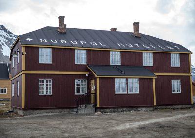 """""""Nordpol Hotell"""", Ny Alesund, Spitzberg Island, Northest Arctic Village, © Loïc Dorez."""