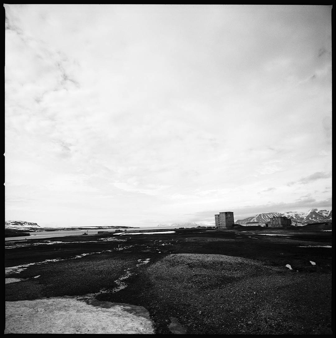 """Electric station"", Ny Alesund, Spitzberg Island, Northest Artic Village, © Loïc Dorez."