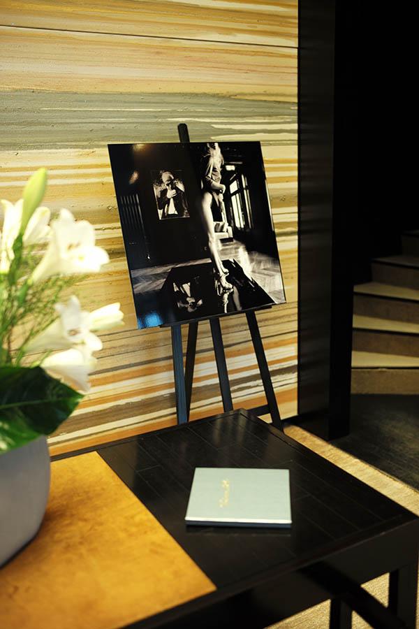 """Hublot love art, """"Exposition Naked Vendôme"""", Enzo."""