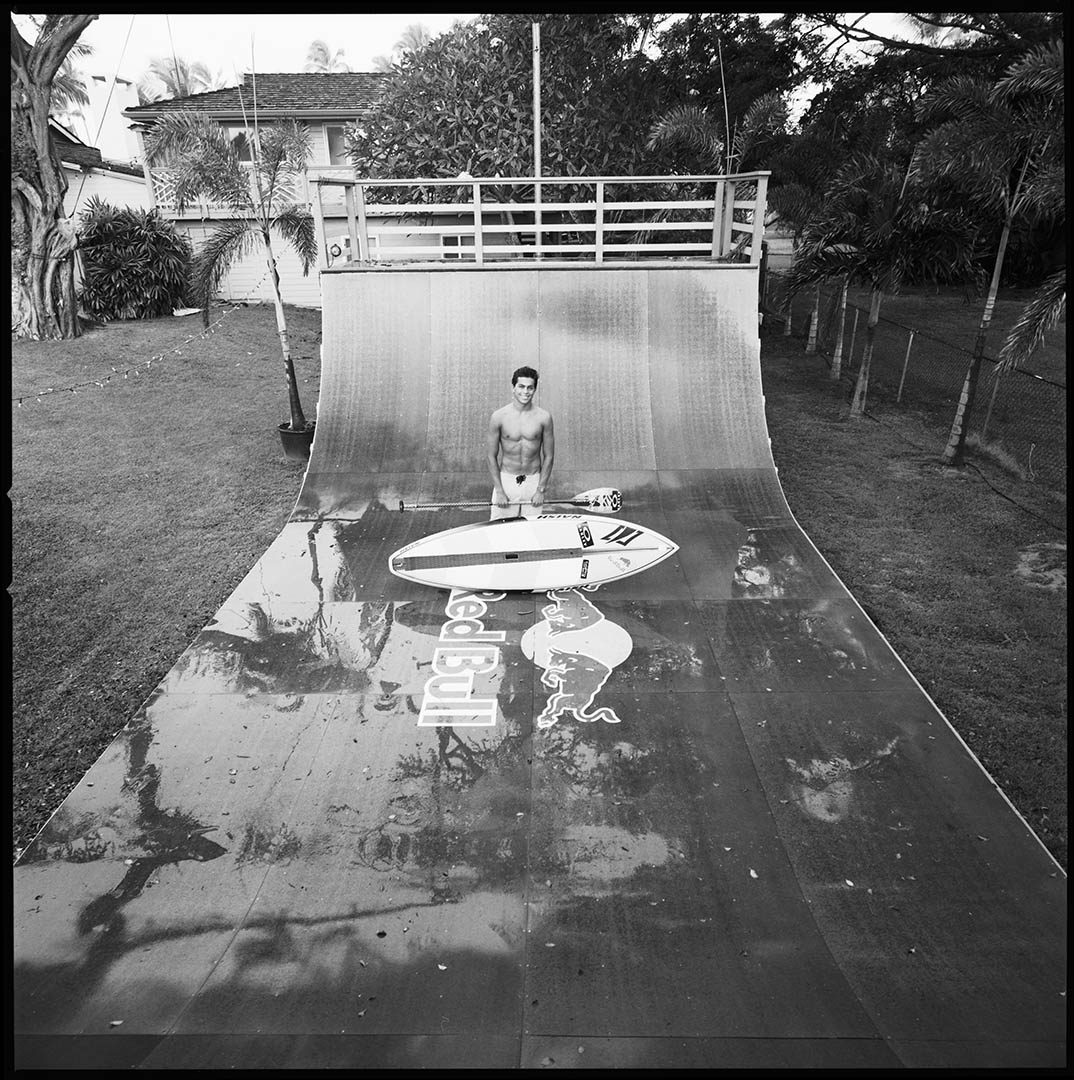 Kai Lenny and his paddle board, © Loïc Dorez.