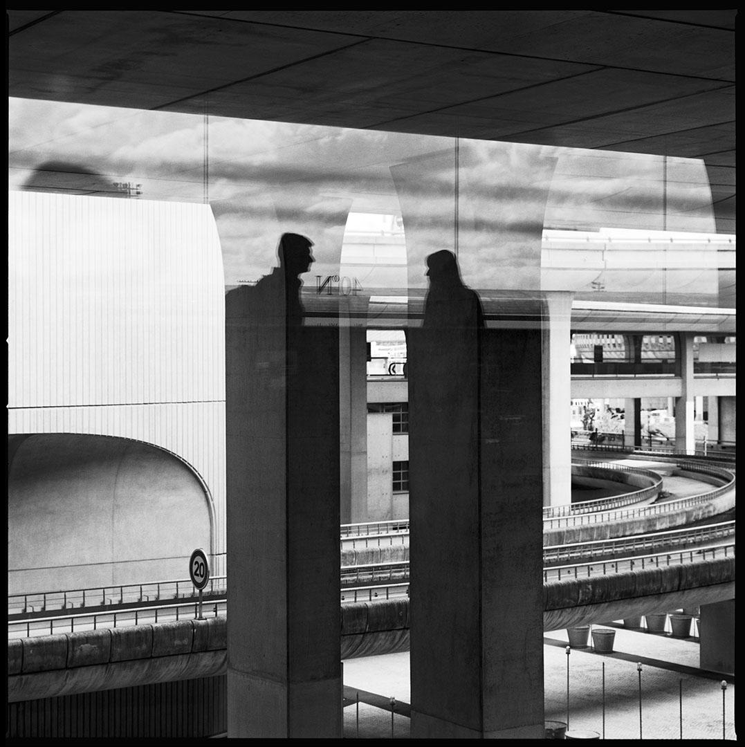 """""""Totem 2"""", surrealist airport serie, © Loïc Dorez."""