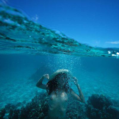 Série photos sous l'eau made in Tahiti. © Loïc Dorez